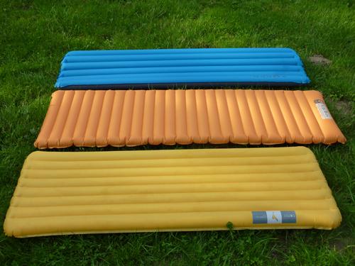 Gonfler un matelas gonflable pompe main sac pompe - Dormir sur matelas au sol ...