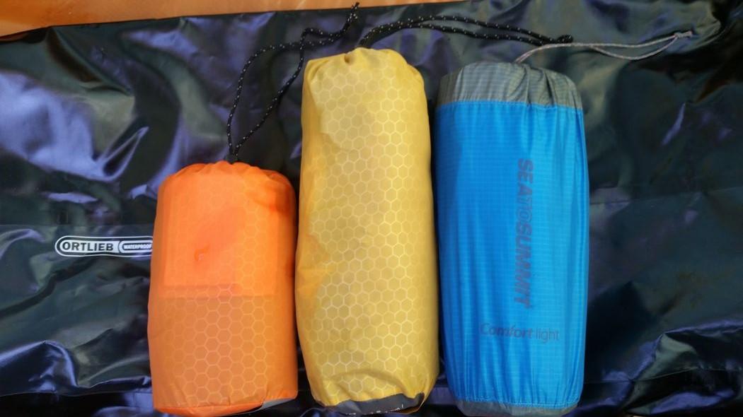 Dans le sac de rangement : Hyperlite, Synmat UL7 S, Confort Light