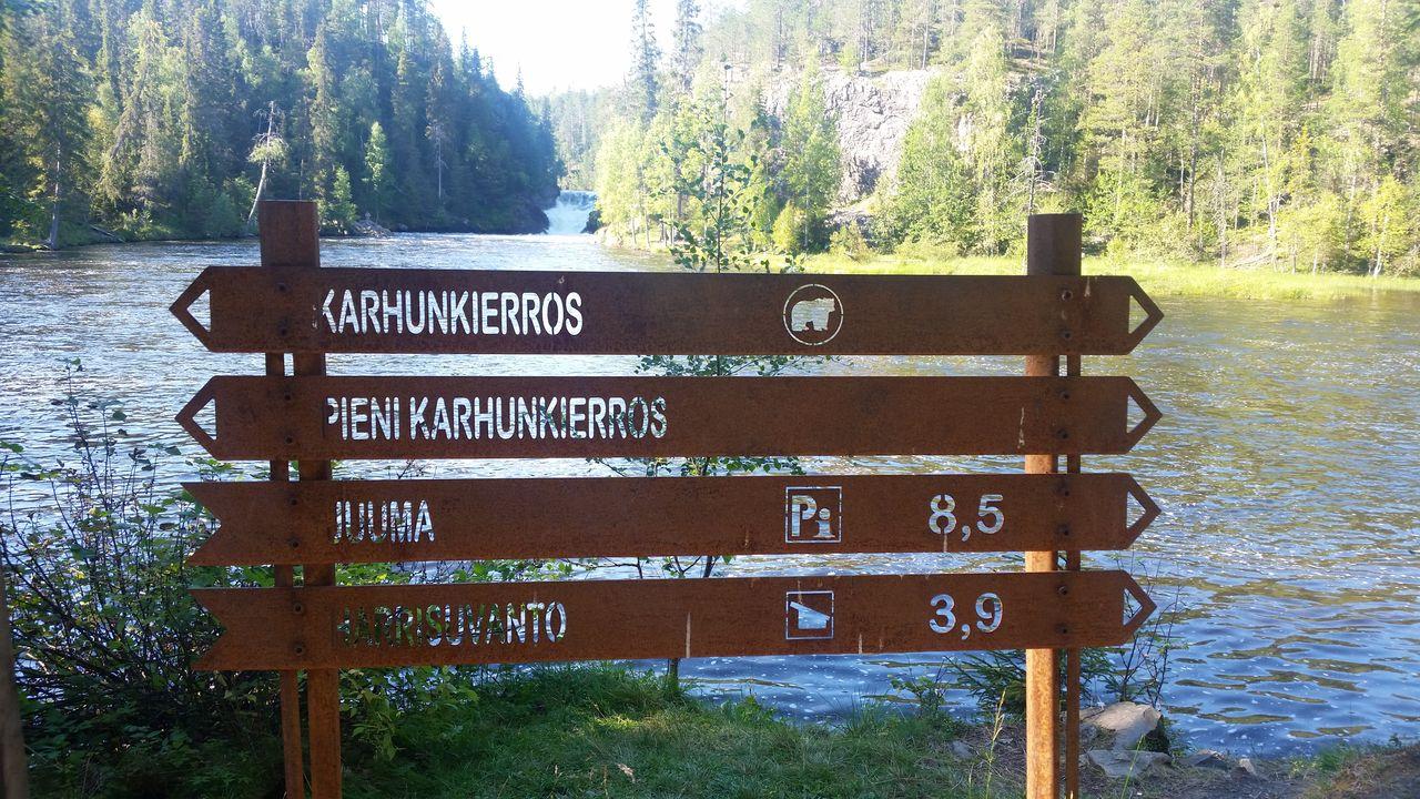 Balisage sur le sentier de l'Ours Karhunkierros