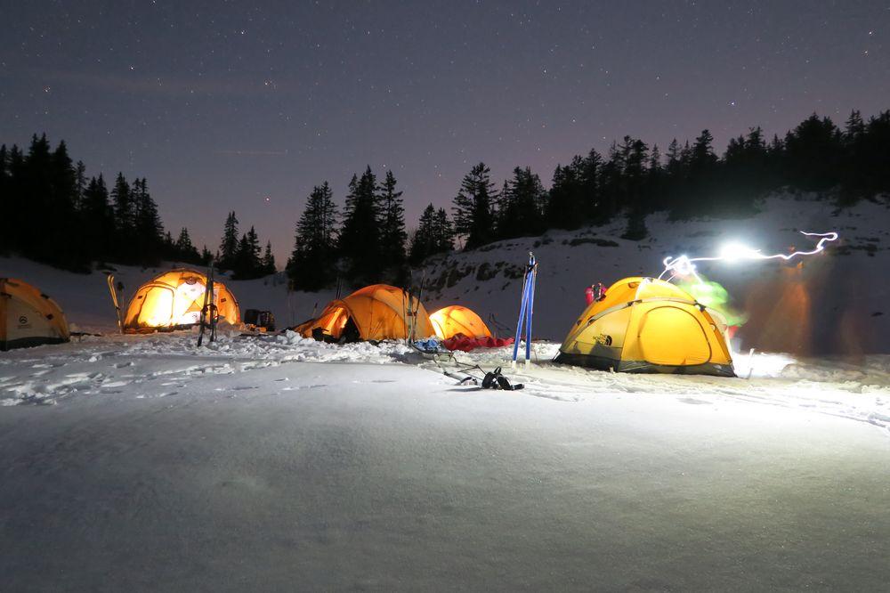 Bivouac hivernal sur les hauts plateaux du Vercors