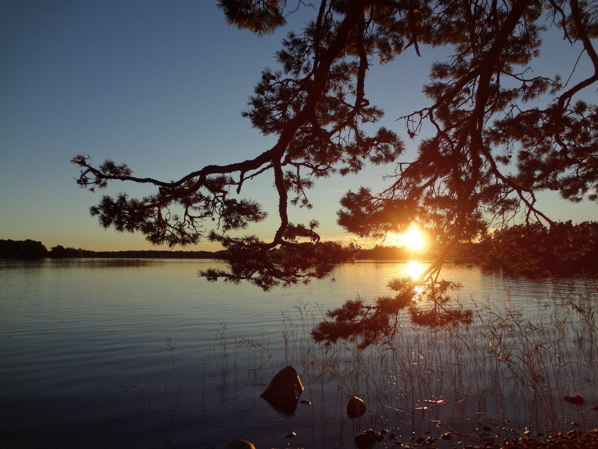 Coucher du soleil sur l'île d'Hissö