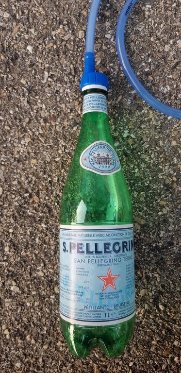 Connecté à une bouteille S. Pellegrino