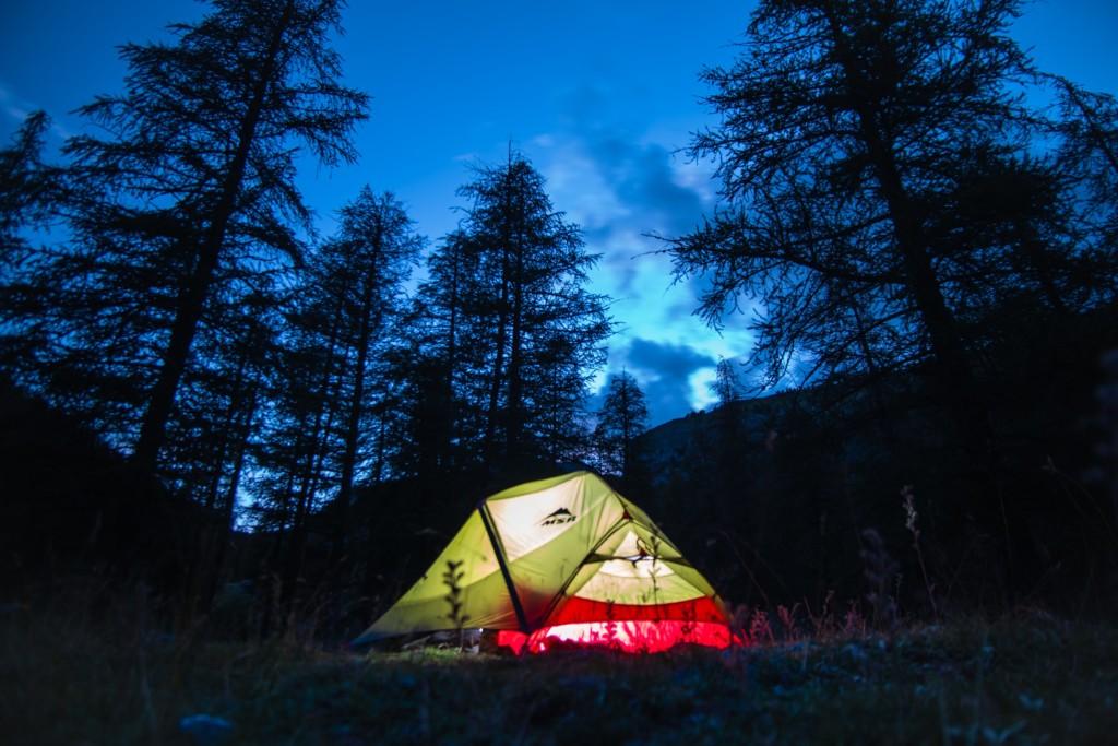 1er août 2020 : départ en duo pour la fameuse vallée des Merveilles, au coeur des Alpes. L'excitation est à son comble face au programme alléchant qu'il me suggère : 6 jours de randonnée, de contemplation, de grand air (et de crampes…) entre Castérino, le refuge de la Valmasque, celui des Merveilles et le lac des Mesches...
