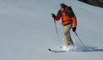 Skieur de randonnée nordique